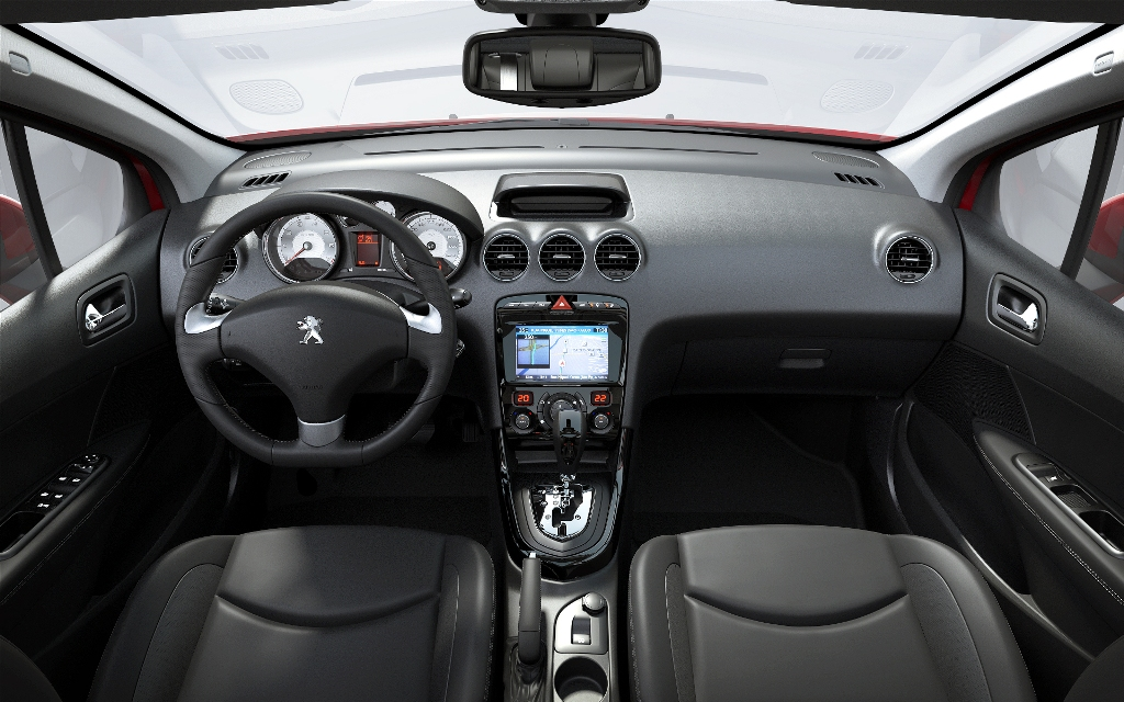 Peugeot present los renovados 308 y 408 cars for Interior 408 allure