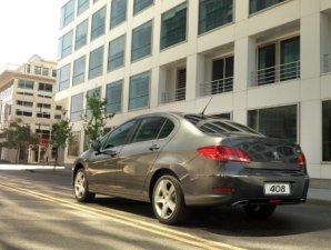 VIDEO: test drive del nuevo Peugeot 408