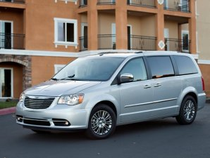 Chrysler Town & Country Limited a la venta