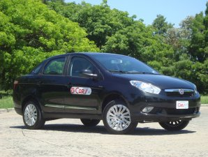 TD: Fiat Grand Siena 1.6 E.torQ Essence Dualogic