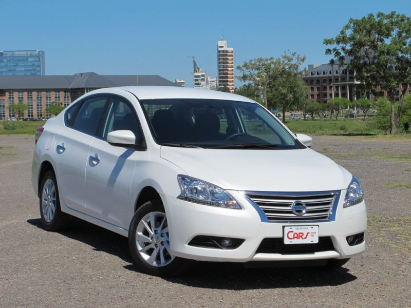 TEST DRIVE: Nissan Sentra Advance MT