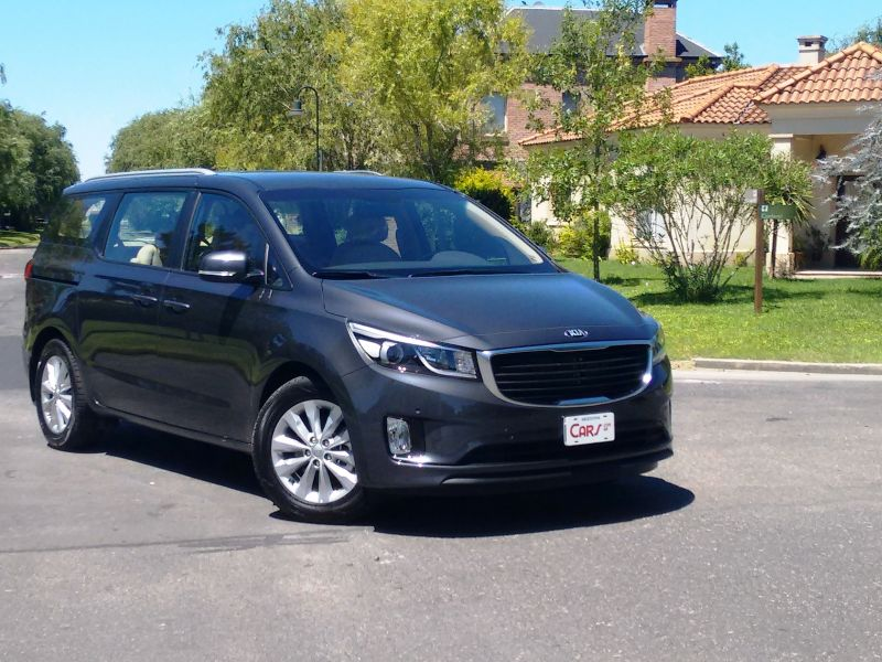Contacto: Kia Carnival Full 2.2 CRDI AT