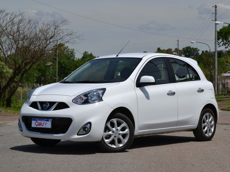 Contacto Nissan March AT: video