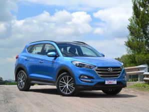 Test Drive: Hyundai Tucson Full Premium AT 4x4 CRD