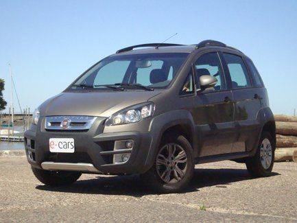 TEST DRIVE: Fiat Idea Adventure 1.6 16v Top Locker