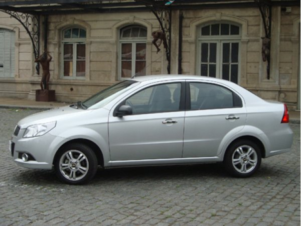 Test Drive Chevrolet Aveo G3 Lt Mt Cars