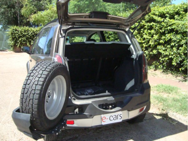 Test drive fiat idea adventure 1 6 16v top locker cars for Fiat idea 2007 precio